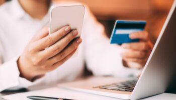 Những lợi ích không tưởng của thẻ tín dụng
